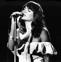 Linda Ronstadt Singing